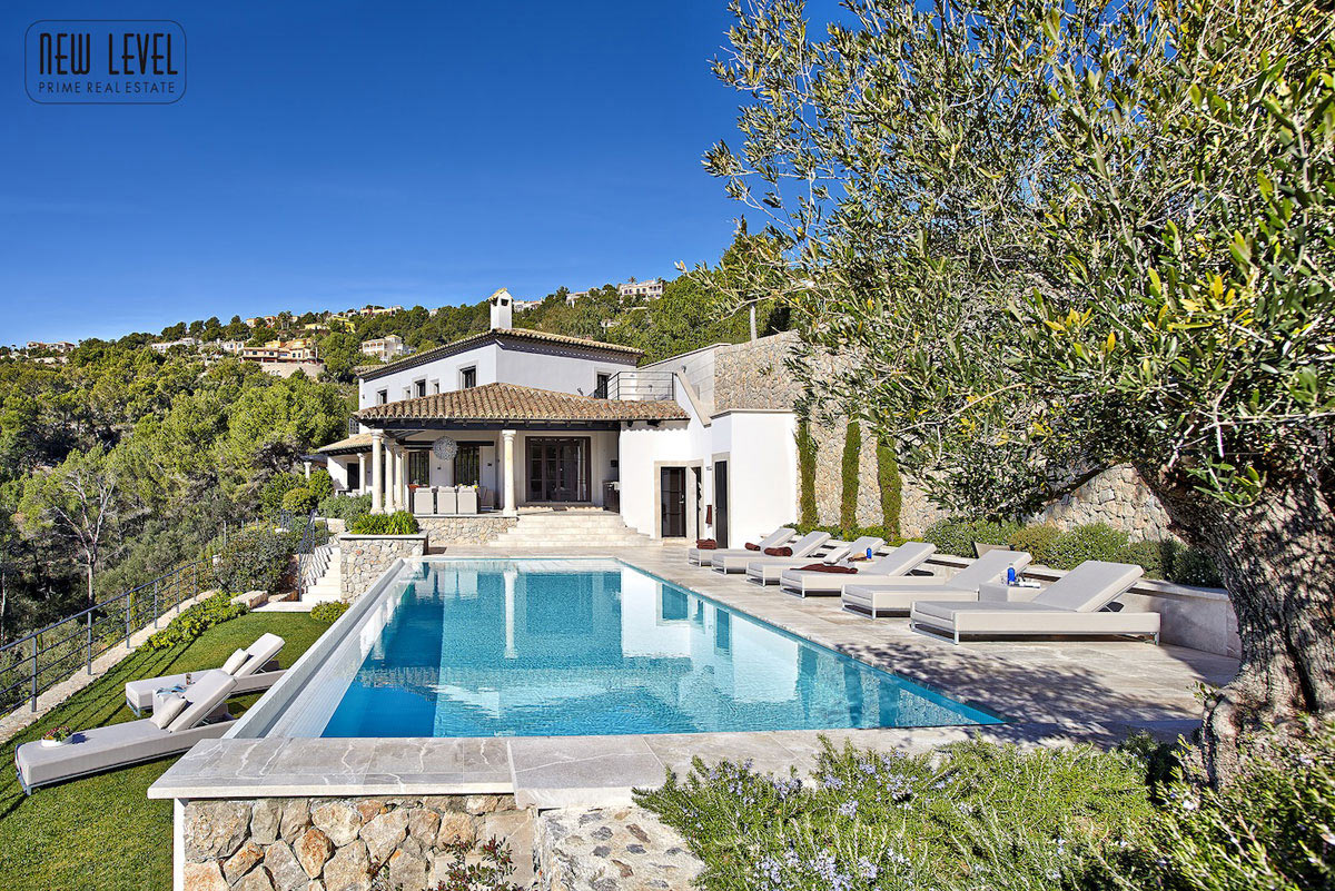 outdoor-pool-terrace-villa-in-puerto-de-andratx